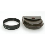 close-up-lens-for-r-135mm-in-leather-case-macrotar-7b-448a